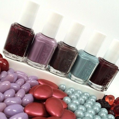 essie: Happening now. A super sweet contest with our new essie... - http://goo.gl/kaR5Oc
