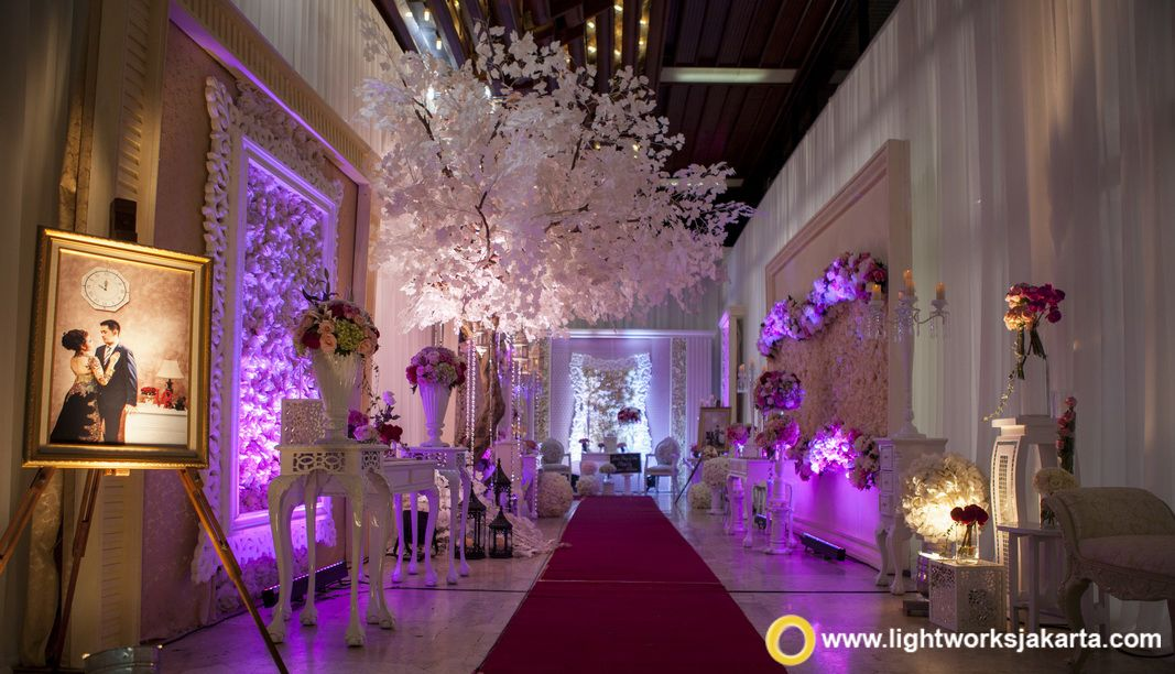 The Purple Wedding Foyer By Grasida Decoration And Lightworks At