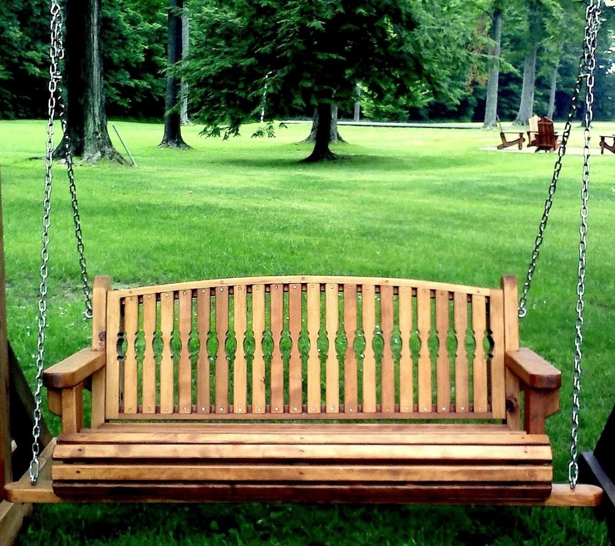 swinging-garden-benches-selfsuck-video
