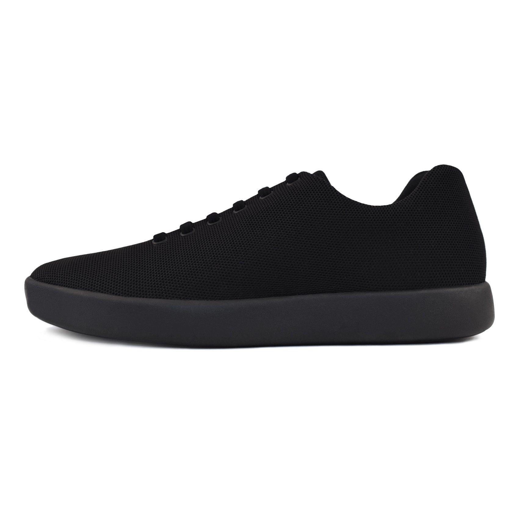 Atoms Model 000. | Best walking shoes