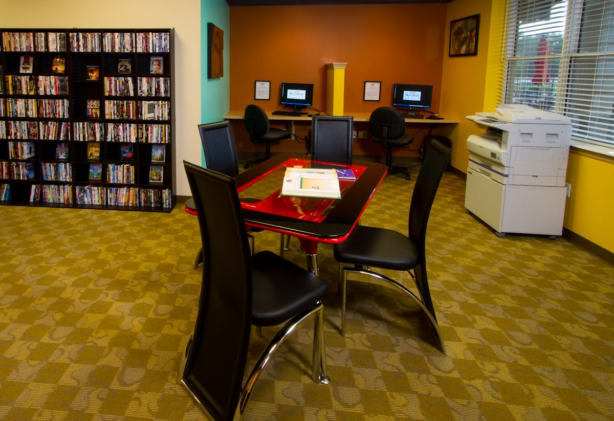 Cyber Cafe with Complimentary DVD/ BluRay Rental Cafe