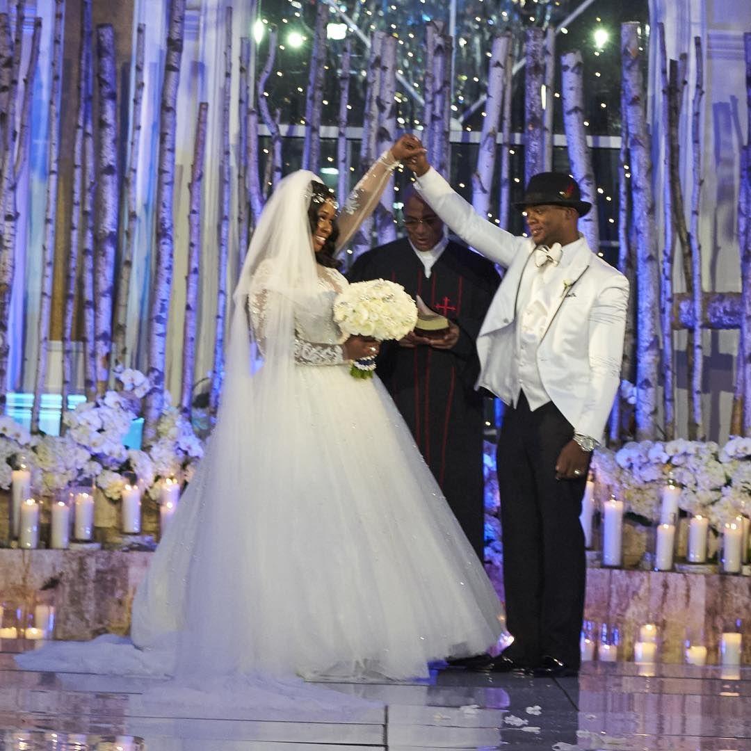 Papoosepapoose On Instagram We Did It Aintnothinglikeblacklove Link In Bio Celebrity Weddings Wedding Wedding Couples