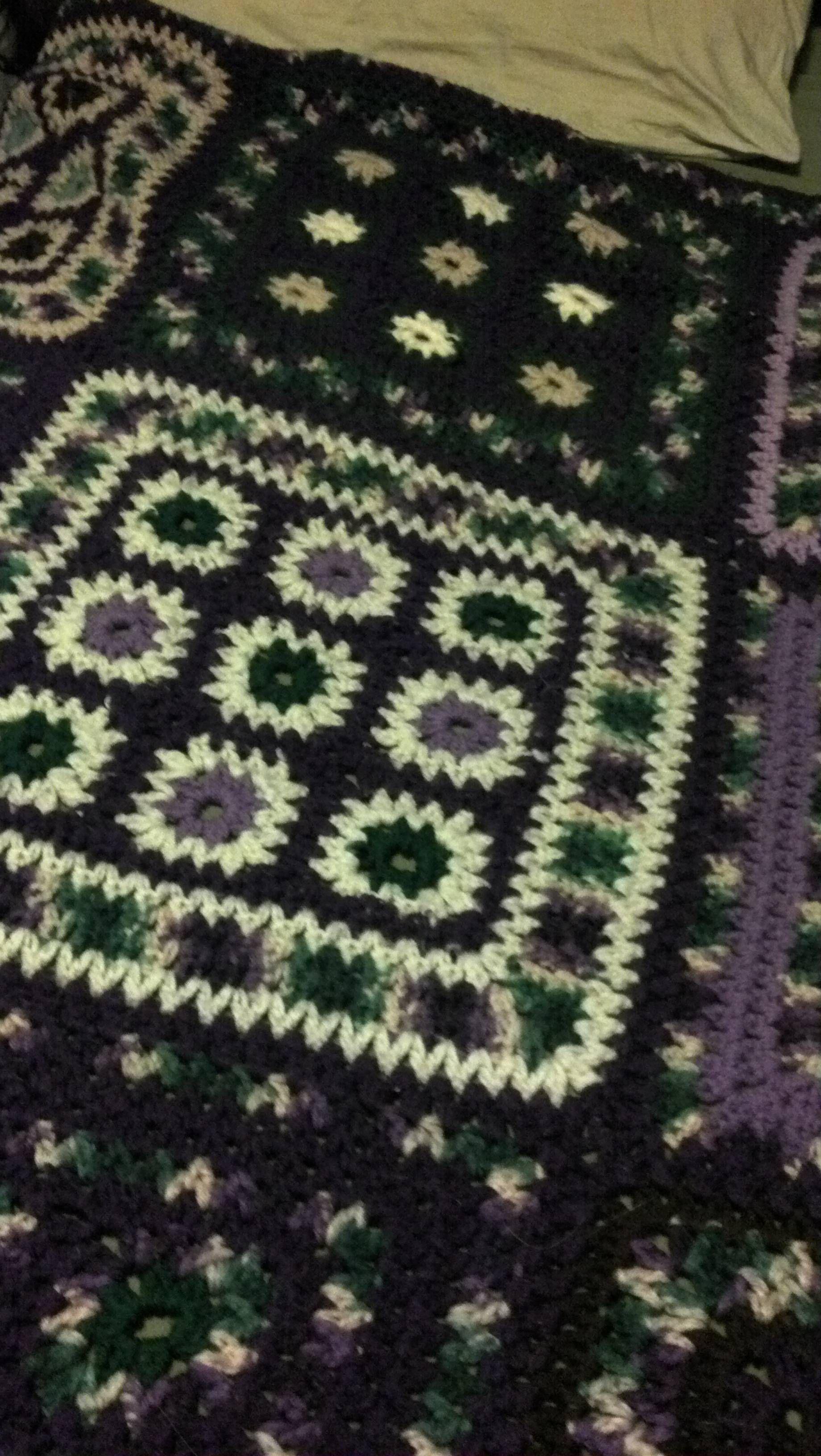 My favorite crocheted afghan | Jardines y suculentas | Pinterest ...
