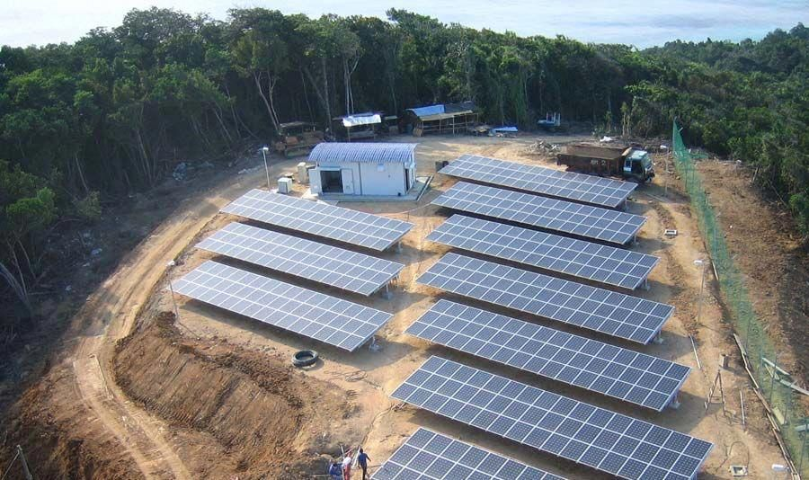 A 430 Kilowatt Array Of Solar Panels Installed By Optimal Power Systems In Eastern Malaysia Brings Power To A Thousa In 2020 Solar Solar Energy Panels Solar Technology