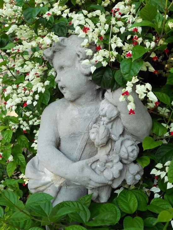 50 Stunning Garden Statue Ideas | Ultimate Home Ideas | Gardens ...