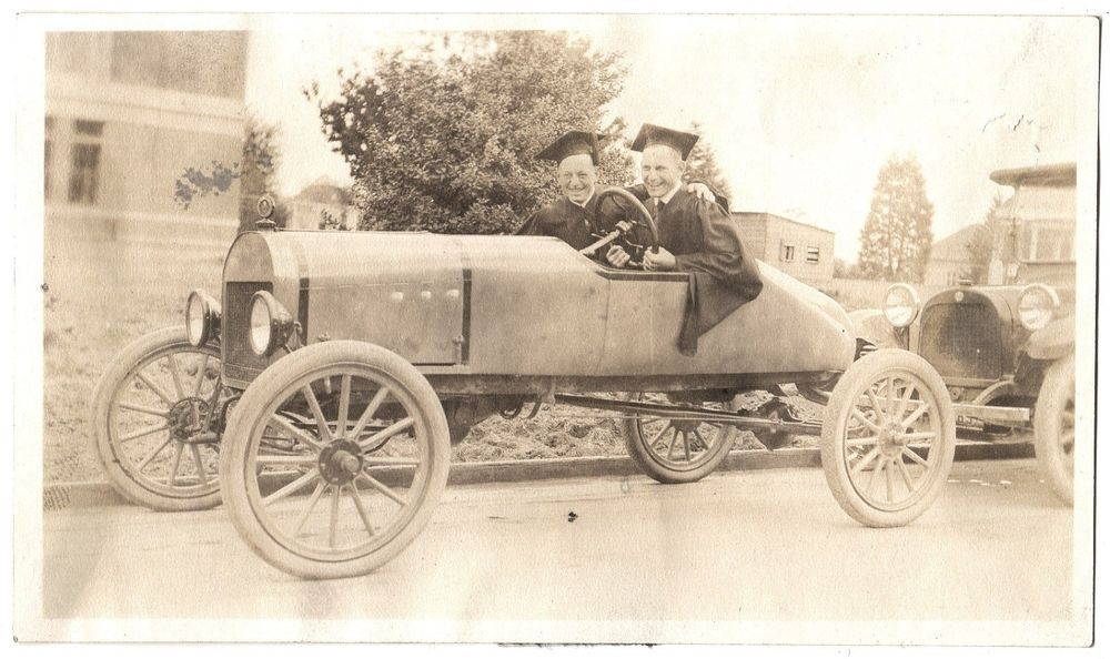 VTG PHOTO 2 OREGON COLLEGE GRADS CAP & GOWN IN HOT ROD JALOPY CAR ...