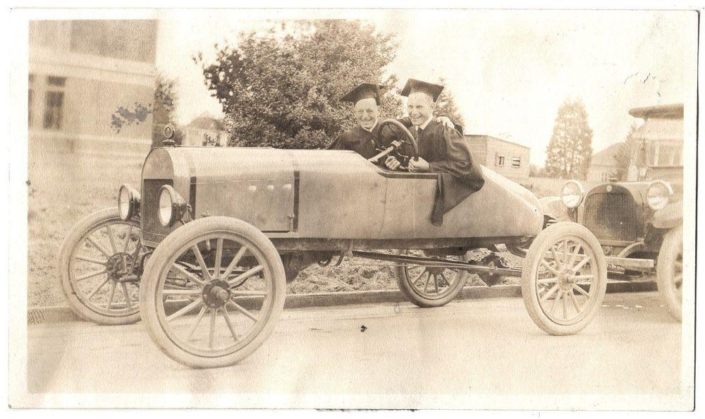 VTG PHOTO 2 OREGON COLLEGE GRADS CAP & GOWN IN HOT ROD JALOPY CAR ...