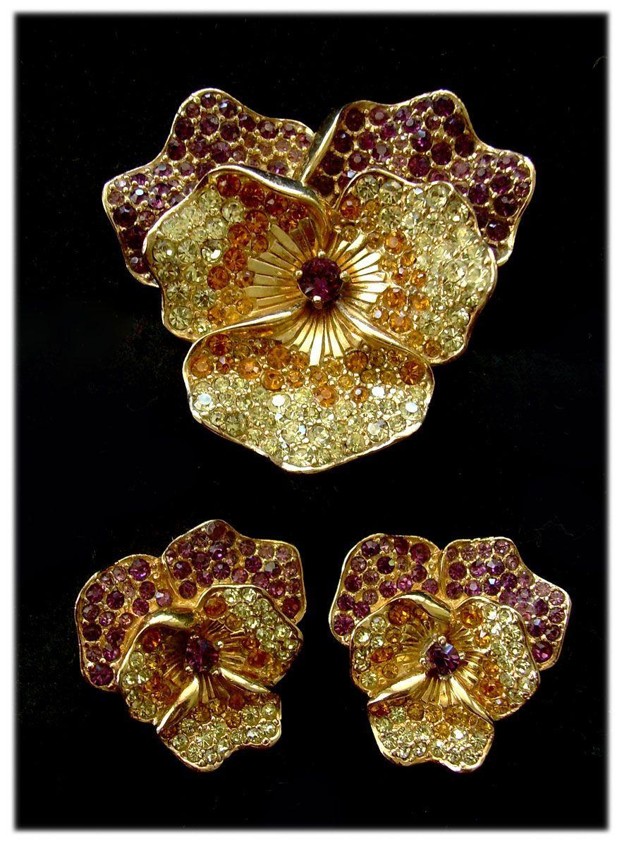 4fe3706bf Boucher Glittery Purple Pansy Brooch & Earrings Set Jewelry Ads, Vintage  Jewelry, Jewelry Design