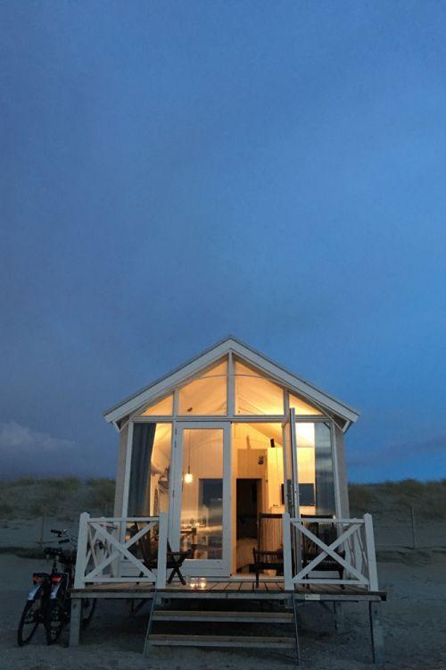 Impressie: Haagse Strandhuisjes prijs vanaf 370euro voor een midweek 4-5 personen strand van kijkduin