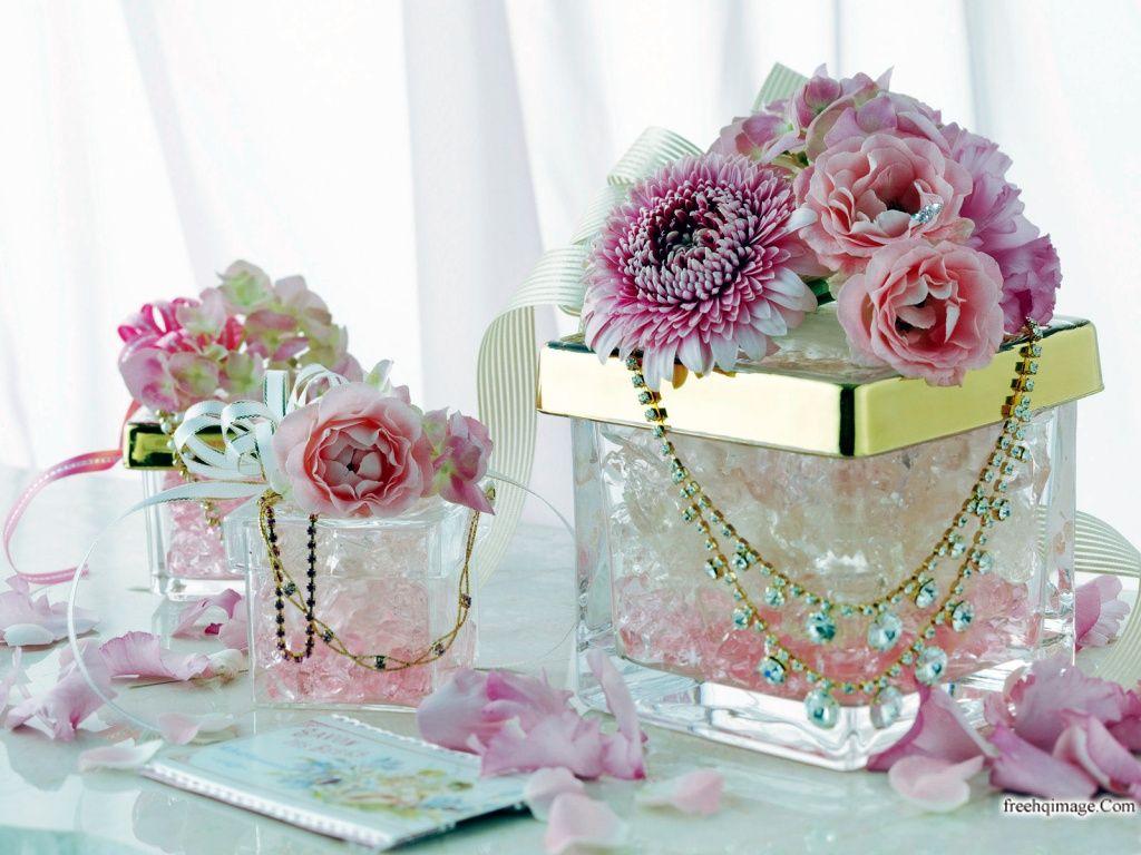 Free download Beautiful Maroon Flower Wallpaper