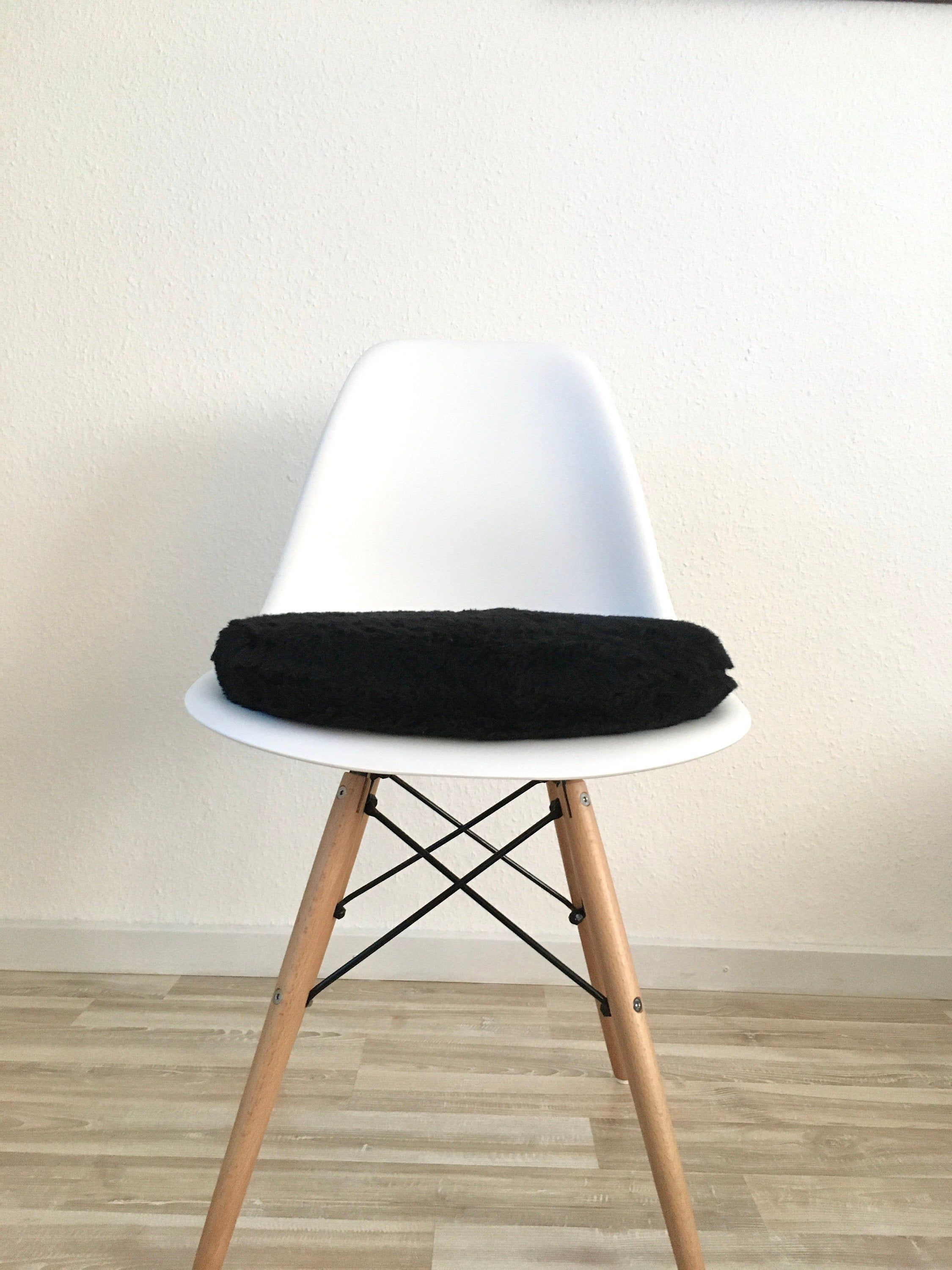 Sitzpolster In Schwarz 6 Cm Gepolstert Eames Chair Kissen Stuhlkissen In Schwarz Gepolstert Esszimmerstühle Eames Pad In 2020 Eames Dsw Decor Eames Chair