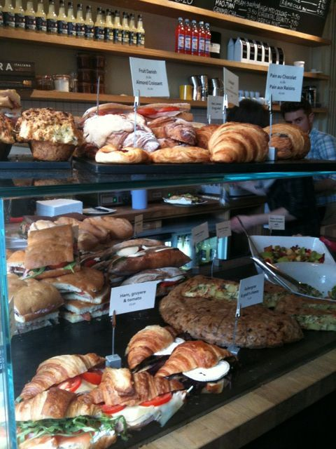 Pin By Oswald Geofferson On Lunch Displays Cafe Food Deli Cafe Food Displays
