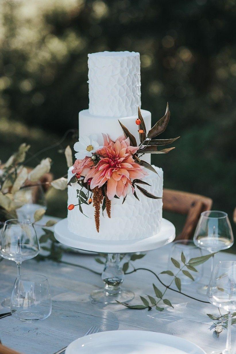 63 Incredible Wedding Cake Ideas To Inspire You In 2020 Tiered Wedding Cake Geode Cake Wedding Simple Wedding Cake
