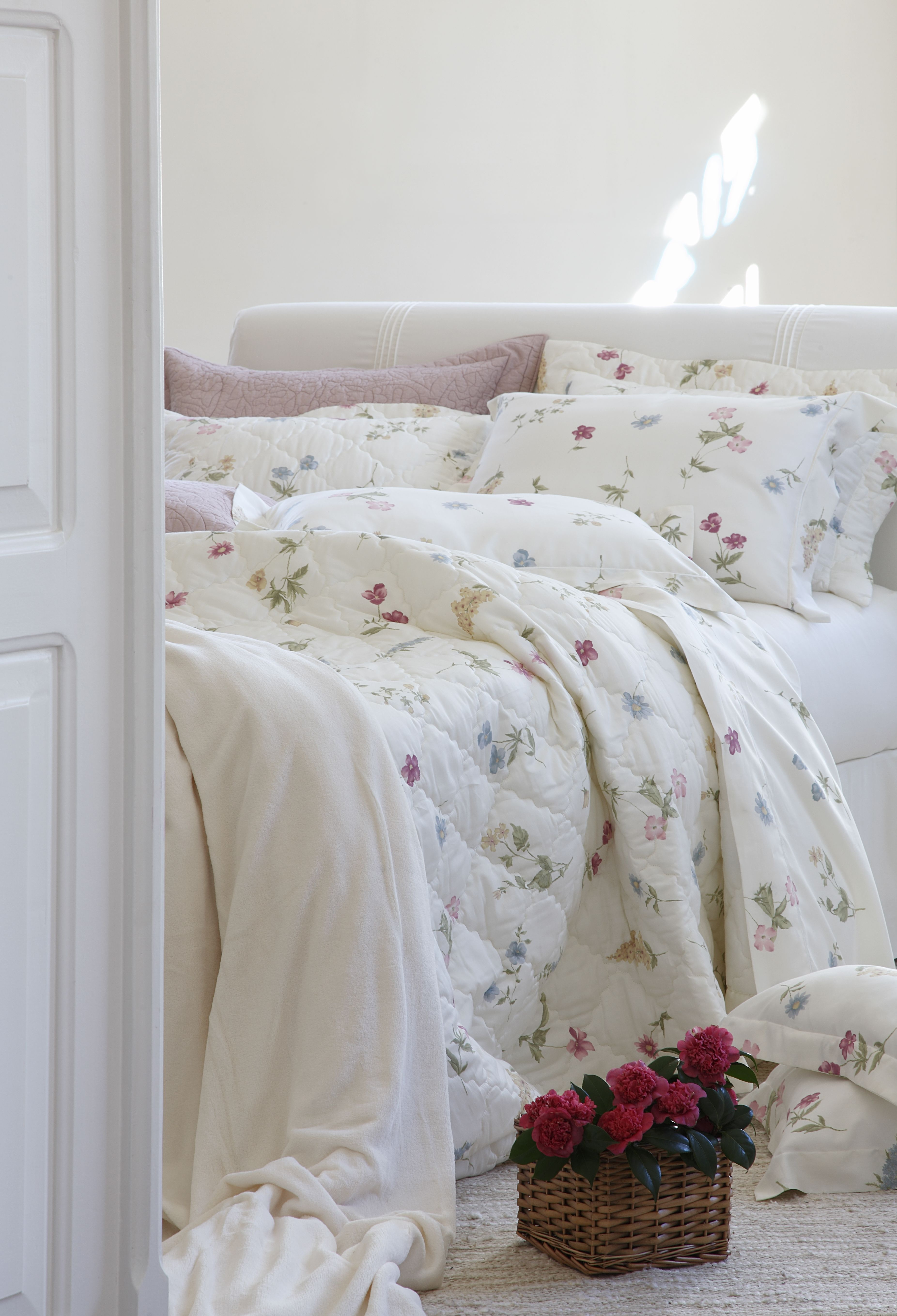 Coleção Julia bit.ly/1fsV2Hc #ScavoneCasa #Scavone #cama #casa #quarto #luxo #roupadecama #room #bedroom #inspiracao #decor #decoracao #inspiration
