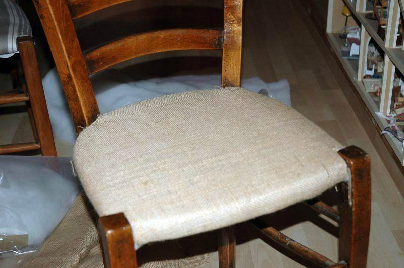 Tuto Chaises Ou Comment Retapisser Une Chaise En Paille Ou Autre Mes Nuits Claires Retapisser Une Chaise Relooking De Chaise Rempaillage Chaise