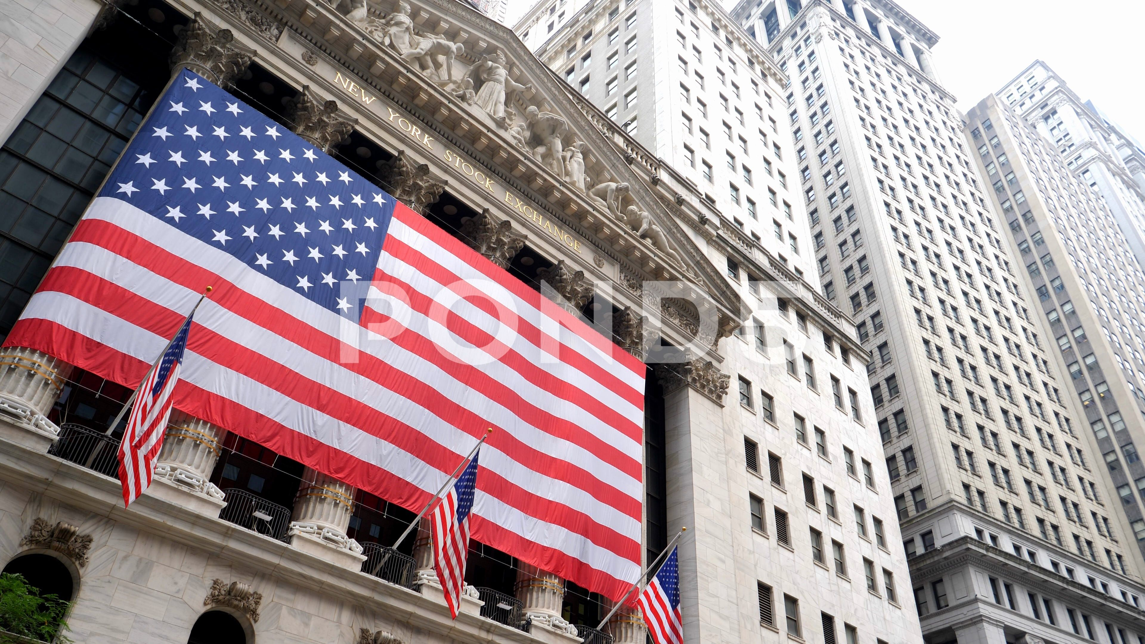 New York City Wallstreet Stock Exchange With Big American Flag Stock Footage Ad Wallstreet Stock York City New York City Wall Street Nyc York City