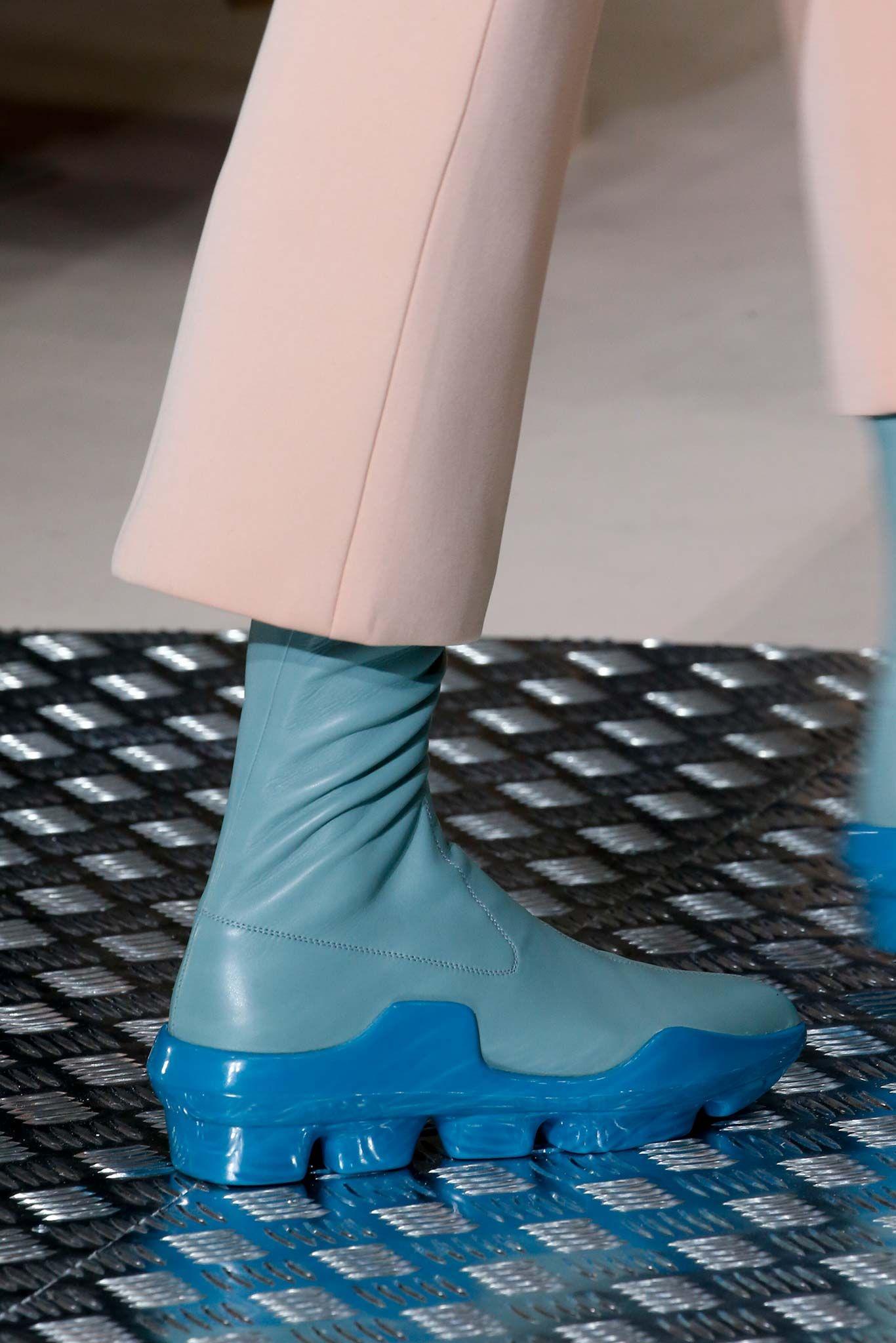 de67f8ec38e Designer Fashion - Farfetch. The World Through Fashion. See detail photos  for Prada Fall 2015 Ready-to-Wear collection. Bag AccessoriesFall ...
