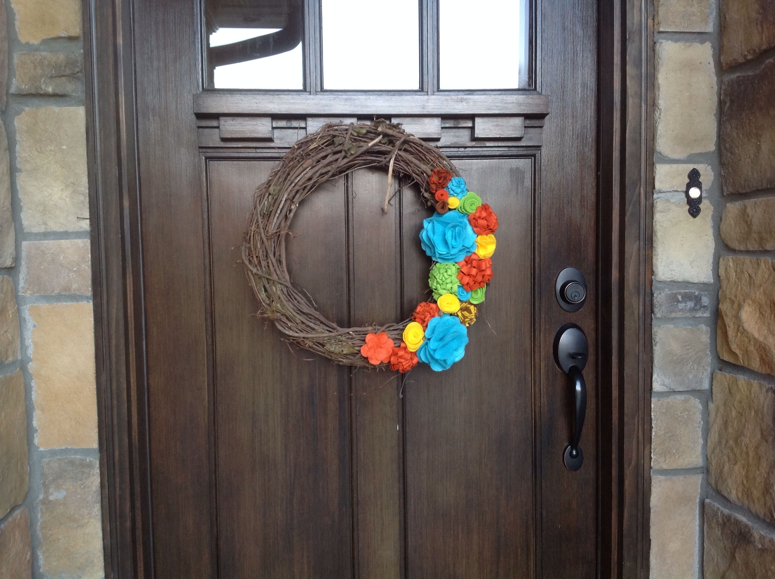 My daughter and I love all things felt and so decided to incorporate it into our door wreath this fall.