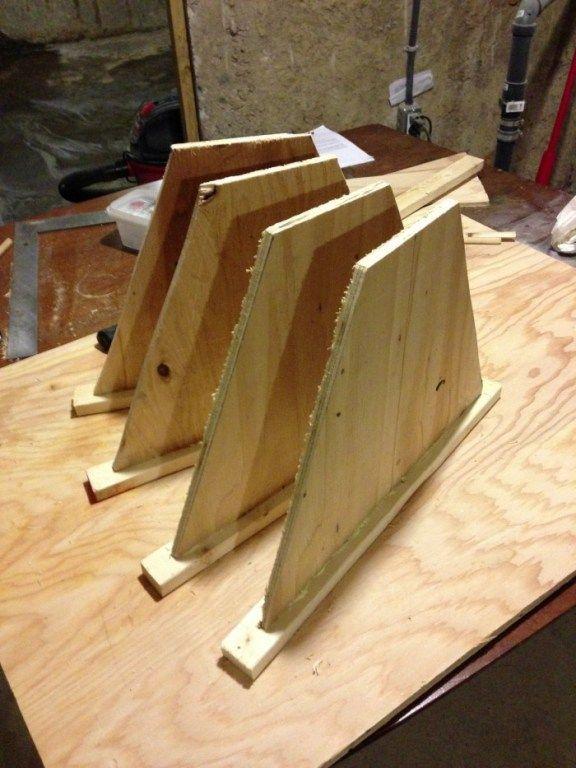 Top bar hive follower boards | Top bar hive, Bar top, Hives