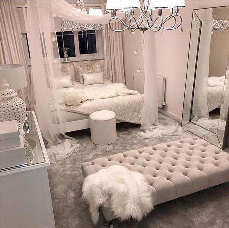 Pinterest Hellxamanda Check Out My Music In My Bio Bedroom Design Bedroom Decor Room Ideas Bedroom