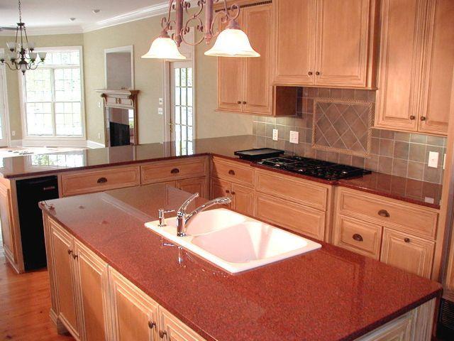 Die #Granit Arbeitsplatten New Imperial Red sind langlebig und - granit arbeitsplatten küche