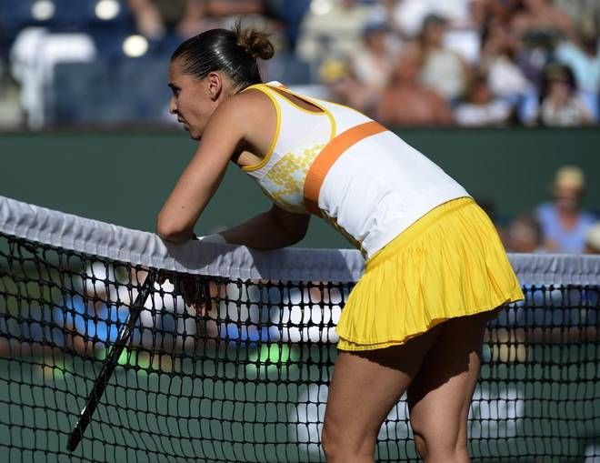 The Indian Wells winds did a number on #20-Seed Flavia Pennetta but she outlasted #17-Seed Sloane Stephens to take the 3rd set 6-4 in their BNPP Open QFs match. 3/13/14