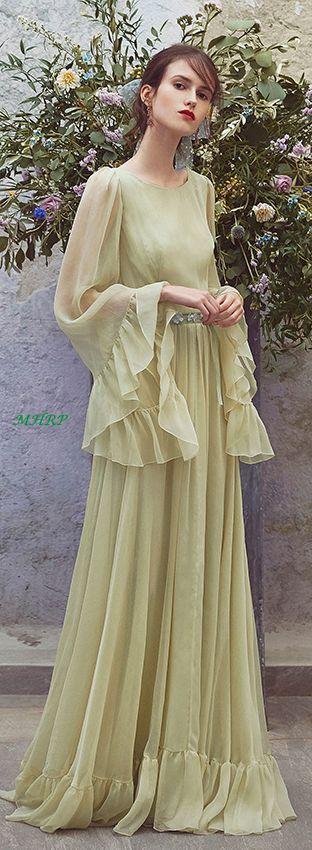 Love this as a choice for a bridesmaid dress! Luisa Beccaria Resort 2018