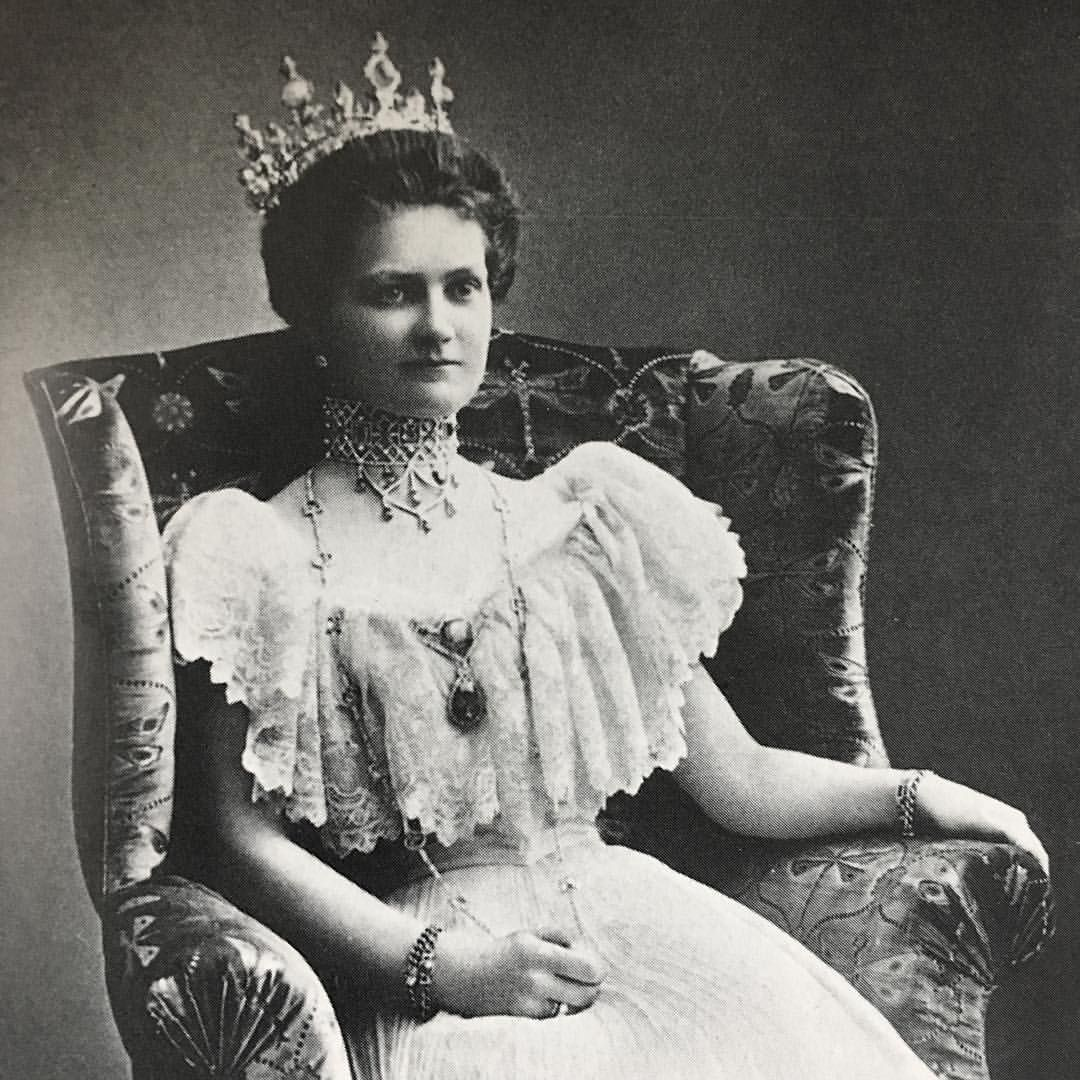#SundayStyle [Grand Duchess Eleonore of Hesse-Darmstadt, sister in law of the last Empress of Russia]
