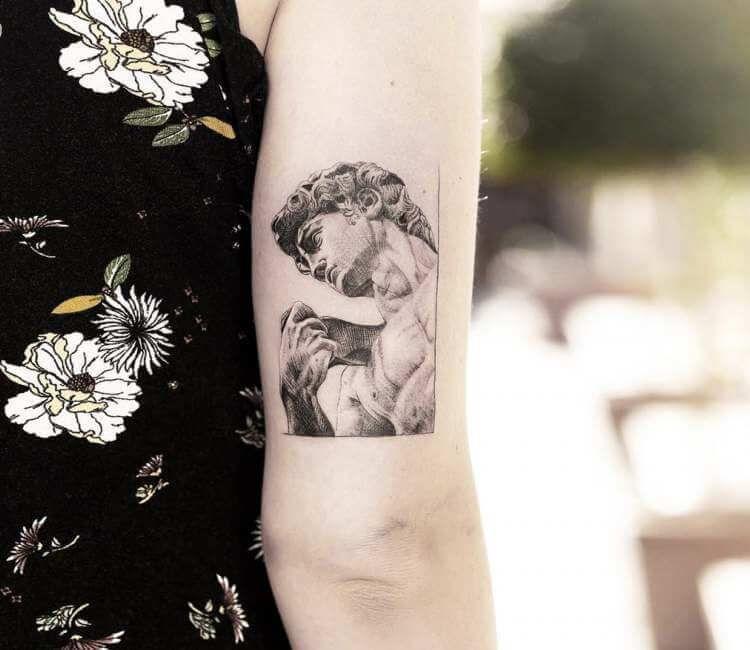 David Statue Tattoo By Alessandro Capozzi Statue Tattoo David Tattoo Tattoos