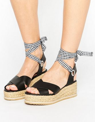 Pin su Molly shoes