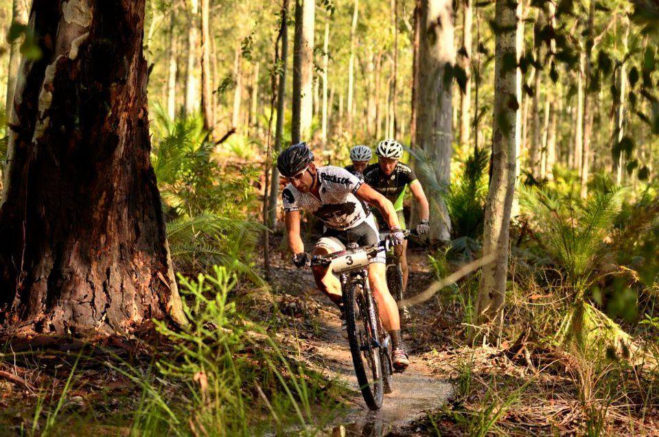 Mountains to Beach Mountain Bike Race.    www.iadventure.com.au