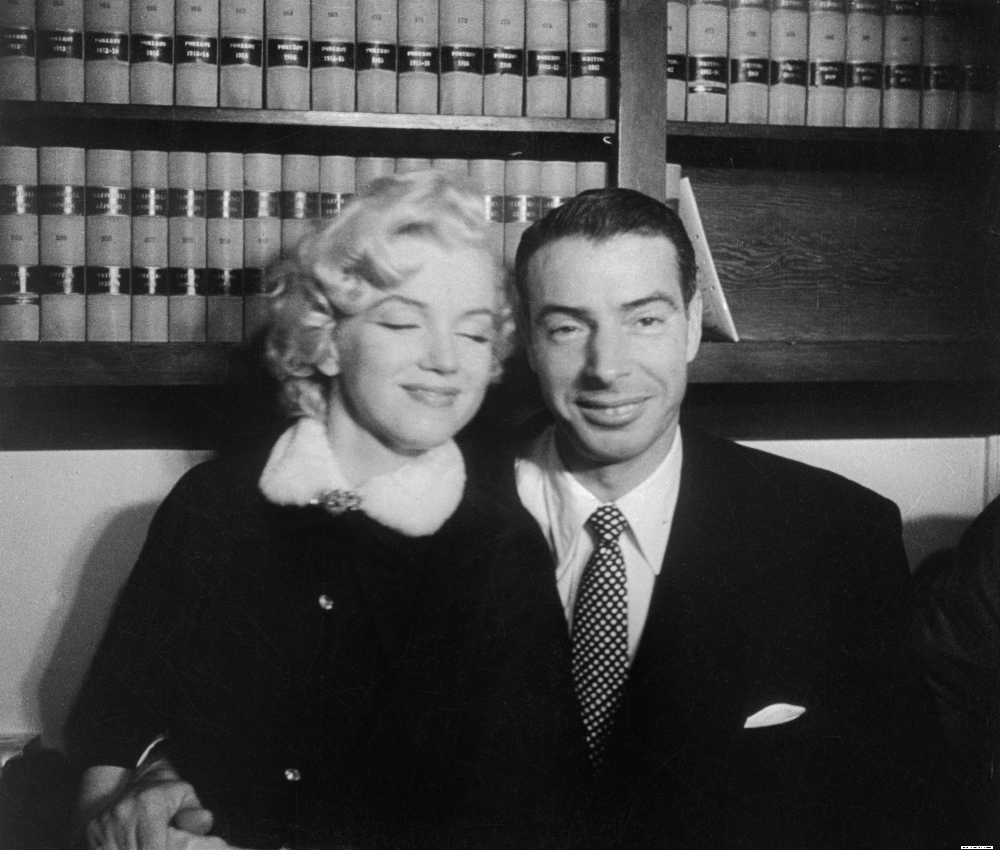 Marilyn Joe Dimaggio Wedding In January Of 1954