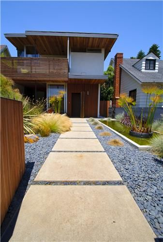 Pin By May Chang On Exterior Courtyard Landscaping Walkways Paths Modern Landscaping
