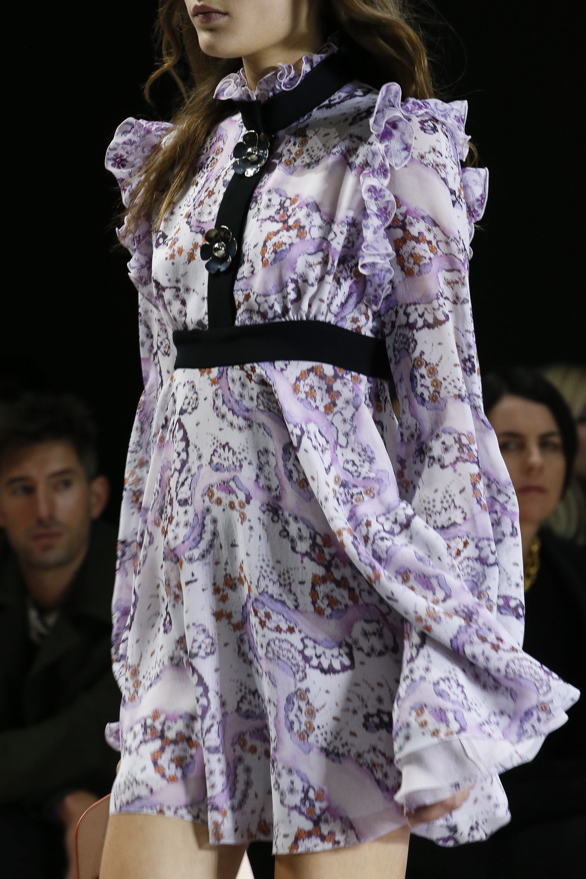 Giambattista Valli Spring 2016 Ready-to-Wear Fashion Show Details