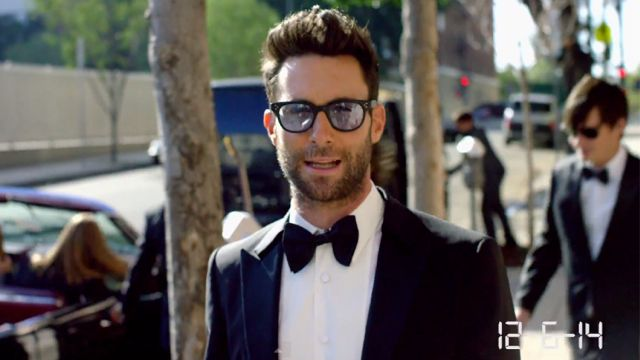 Did Maroon 5 Really Crash Those Weddings Or Was It Set Up Maroon 5 Adam Levine Maroon 5 Lyrics