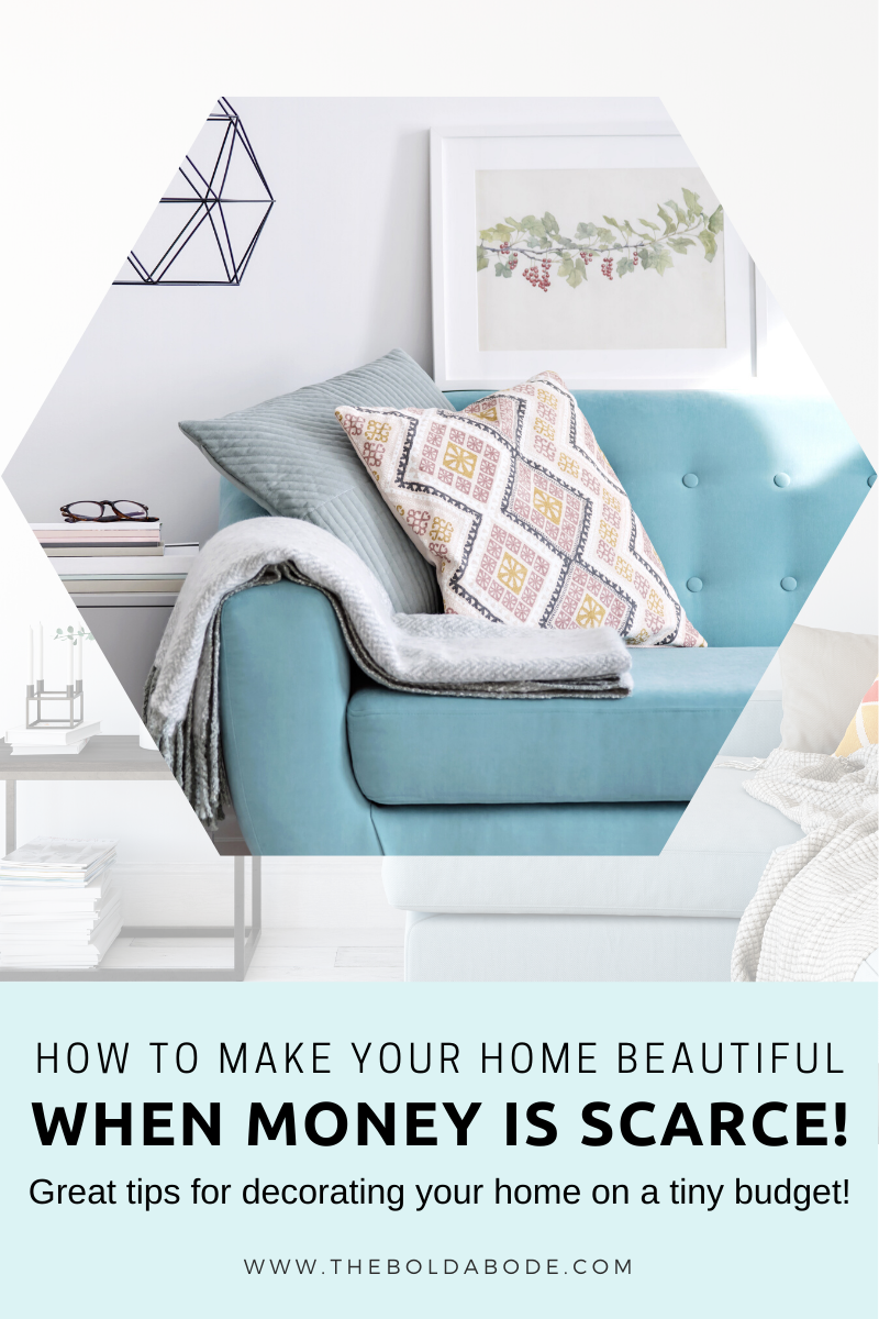 You can have a beautiful home even on a budget! Check out these tips and tricks for creating gorgeous decor on very little money. #BudgetDecorating #DIY #HomeDecor #DecoratingonaBudget #CreativeDecorating #CheapDecor #CheapDecorating #decoratingideasforthehome #decoratingideasforthehomediy