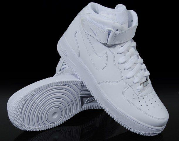 28 Iconic Fashion Trends From The Early 2000s Nike Air Force High White Air Force Ones Nike Air Force Ones