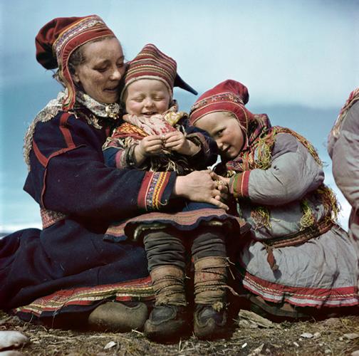 Robert Capa, [Lapp family, Norway], 1951. © Robert Capa/International Center of Photography/Magnum Photos.