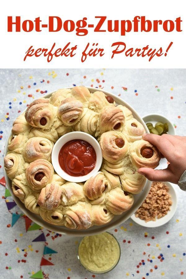 Hot Dog Zupfbrot. Mit Dip. Perfekt für Partys!