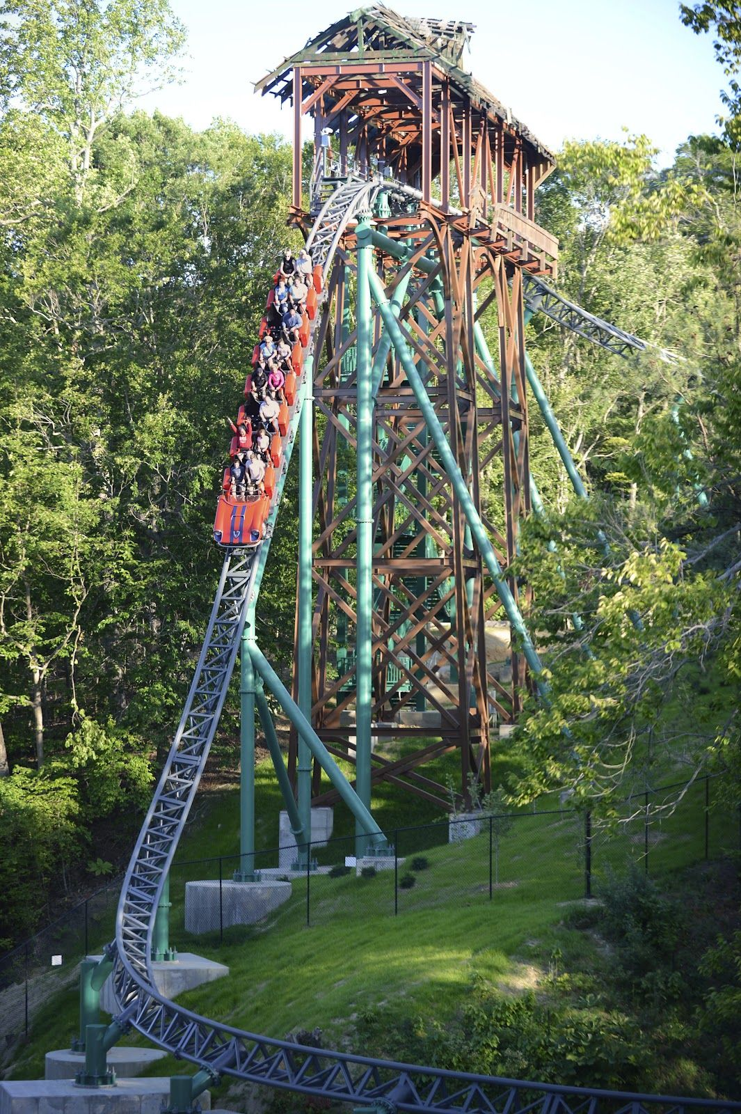 Big Drop On The All New Verbolten At Busch Gardens Williamsburg George And I Rode This In 2012