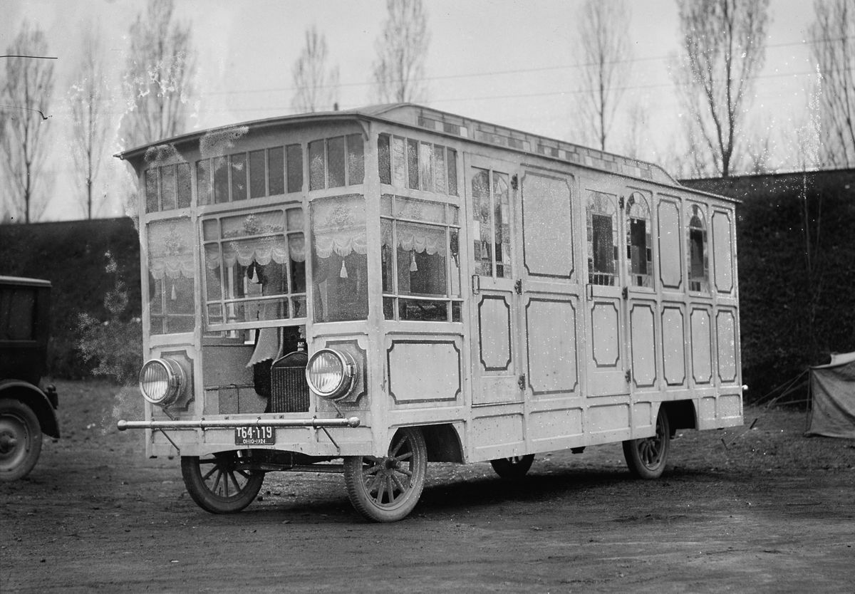 unusual tiny rvs. 1920s rvs  Motorhome built around a Ford Model TT in Ohio Not much more First Generation RV s models and Rv
