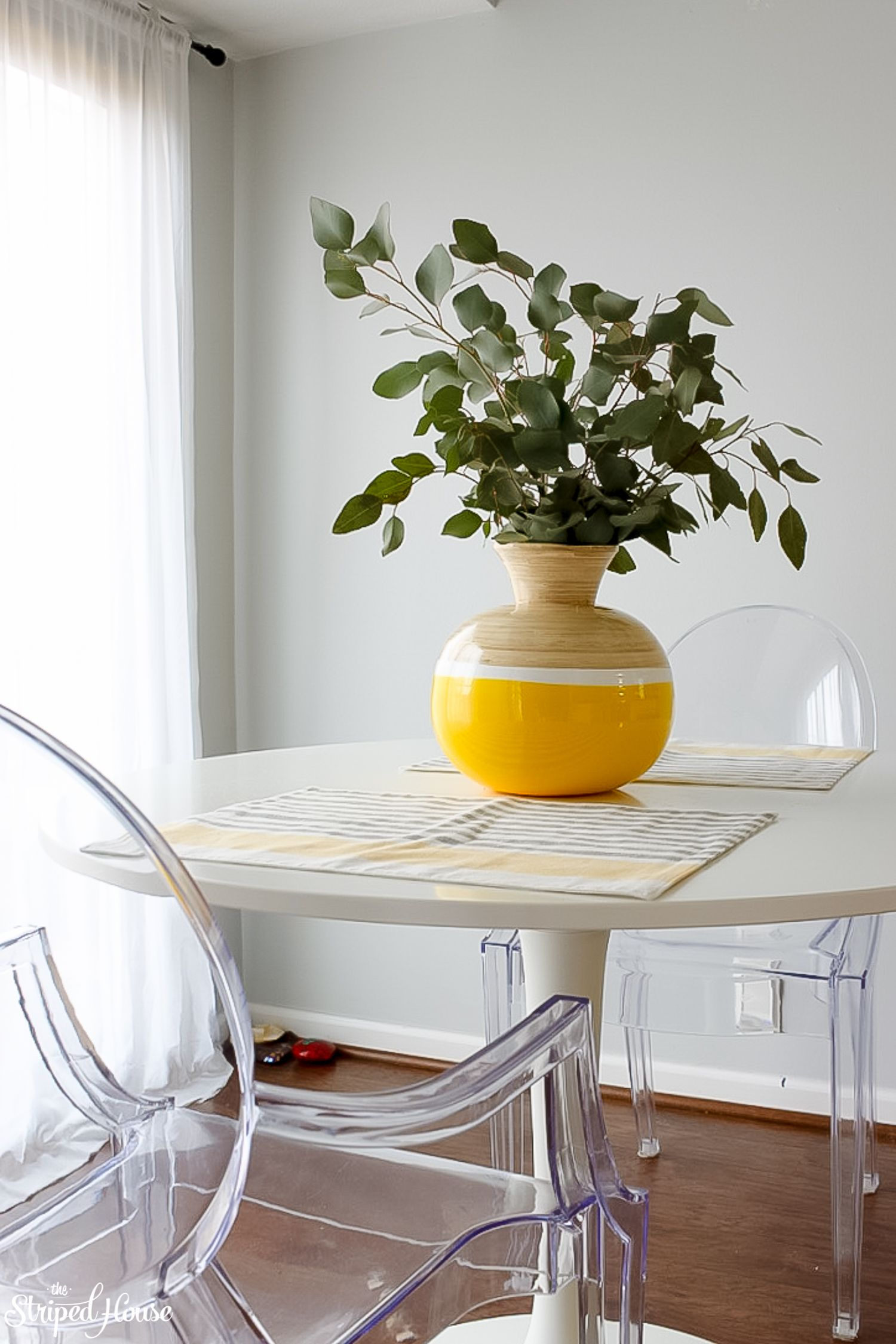 Modern traditional colorful springdecor hometour homedecorideas interiors