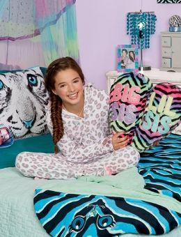 Tiger Photoreal Critter Pillow