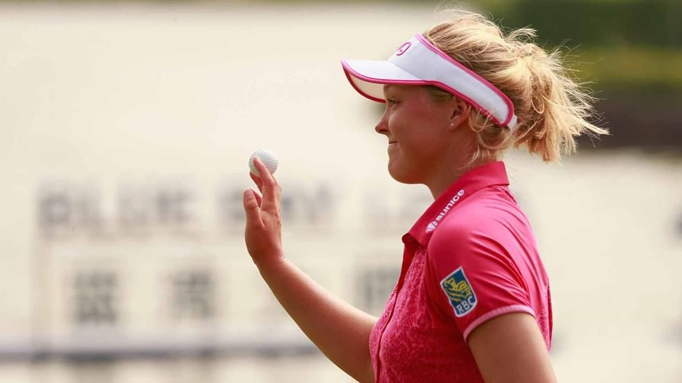 Brooke m henderson of canada acknowledge to spectators