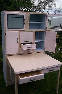 Retro-Kitchen-Larder-Cupboard-50s-60s-Vintage-Design-Furniture-retro-larder