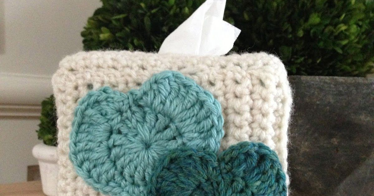 Heart Tissue Box Cover Free Pattern   By AnnooCrochet Designs        I created this fairly easy Pattern for a friend of mine, choosing the ...