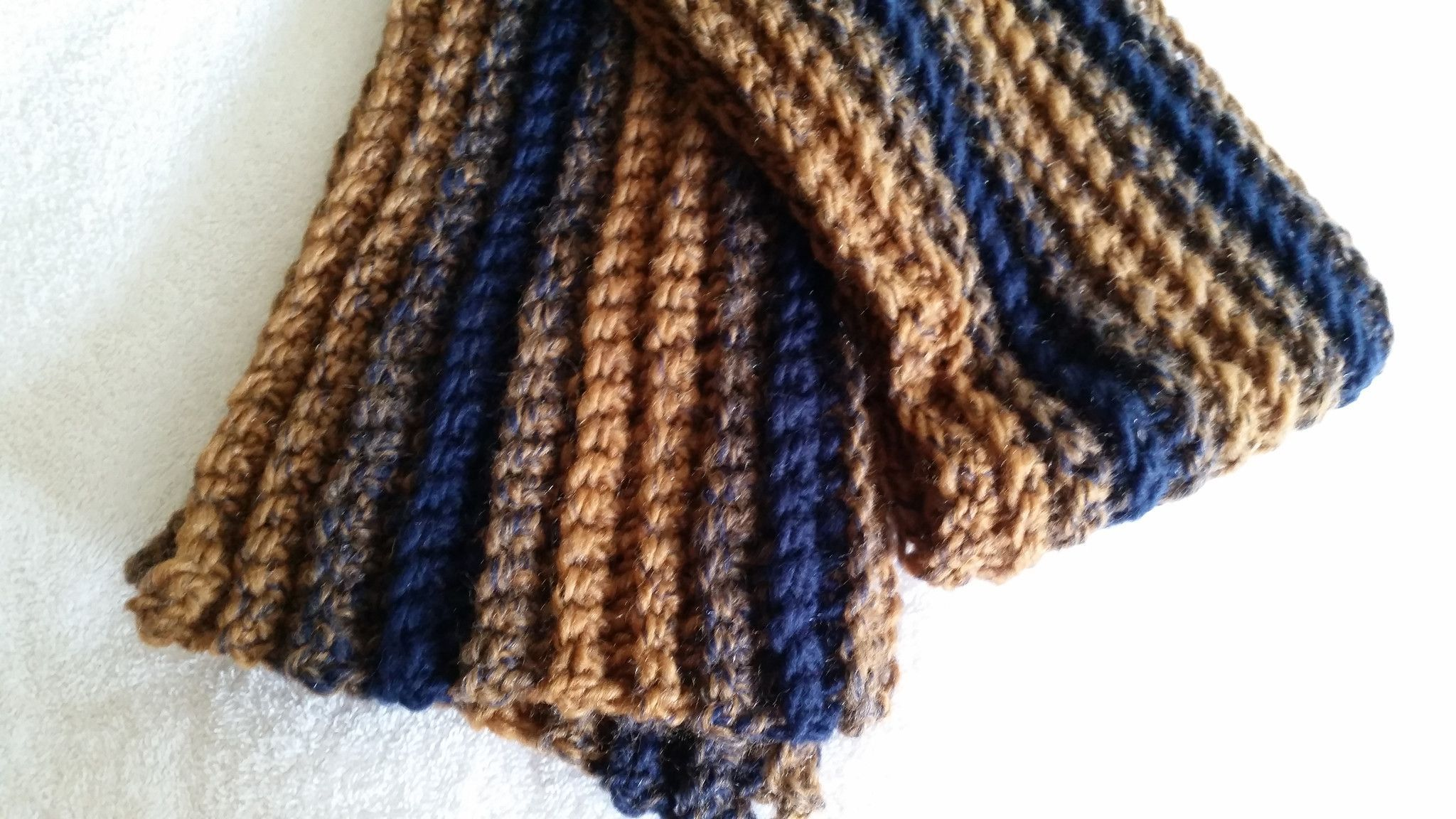 https://www.etsy.com/listing/247804228/scarf-neckwarmer-crocheted-brown-blue?ref=shop_home_active_1