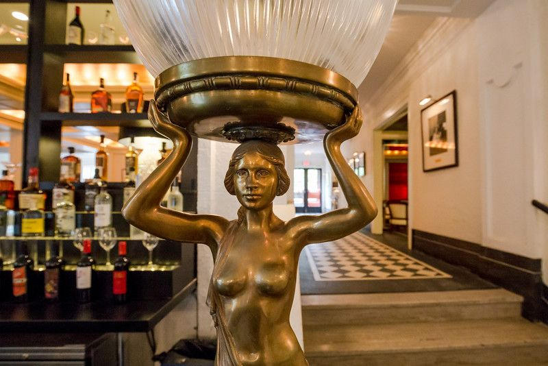 Art deco themes can be found throughout The Commodore Bar and Restaurant. (Pioneer Press: Andy Rathbun)