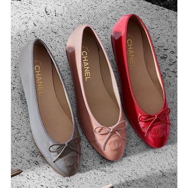 Chanel Timeless Patent Flats ❤ liked on Polyvore featuring shoes, flats,  ballet flat shoes, chanel, flat patent leather shoes, flat shoes and  ballerina ... f362ffe1a38