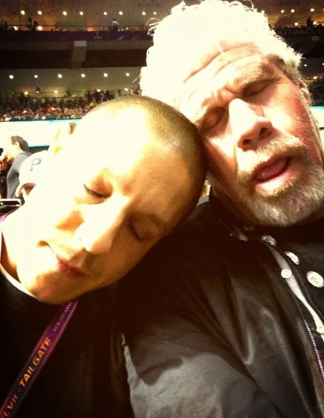 Theo Rossi  & Ron Pearlman at the Superbowl 2013...apparently it wasn't very exciting.